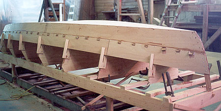 Plywood on frame boat building | Avelarian